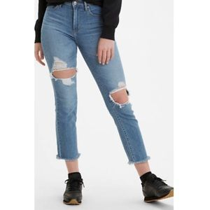 NWT Levi's High Rise Straight Crop Jeans